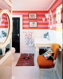 Red+Bathroom+Pink+red+stripes+white+paneling+IsK8W6nKwftl